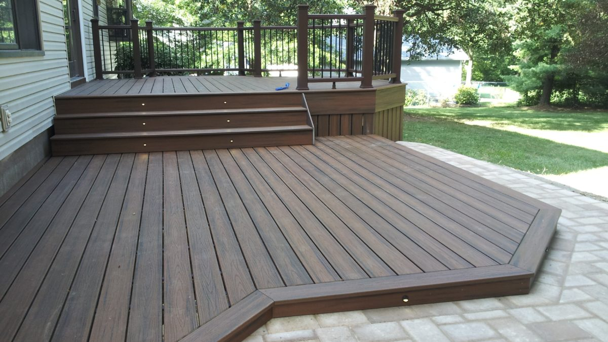What are Composite Decking Pros and Cons?